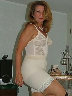 Moms Lingerie Pics