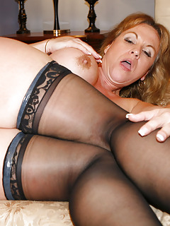Moms Stockings Pics